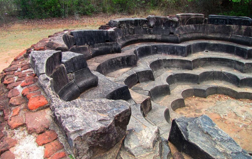2014 0825B Polonnaruwa cité historique 031v