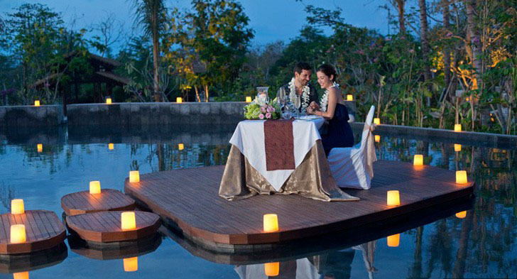Romantic-Dinner-at-Jati-Pon