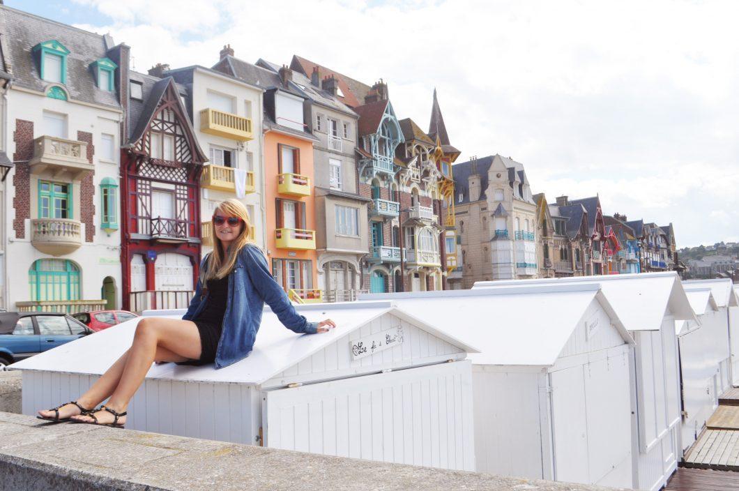 Plage et façades colorées de Mers les Bains