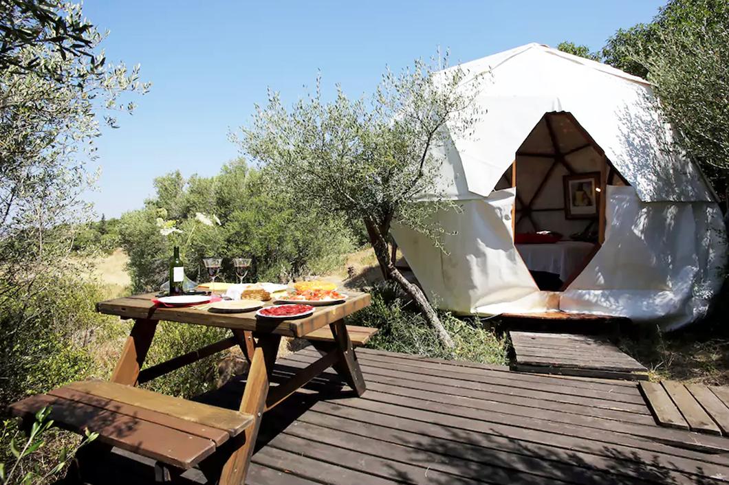 Top Airbnb insolites - La Valise à Fleurs, blog de voyage