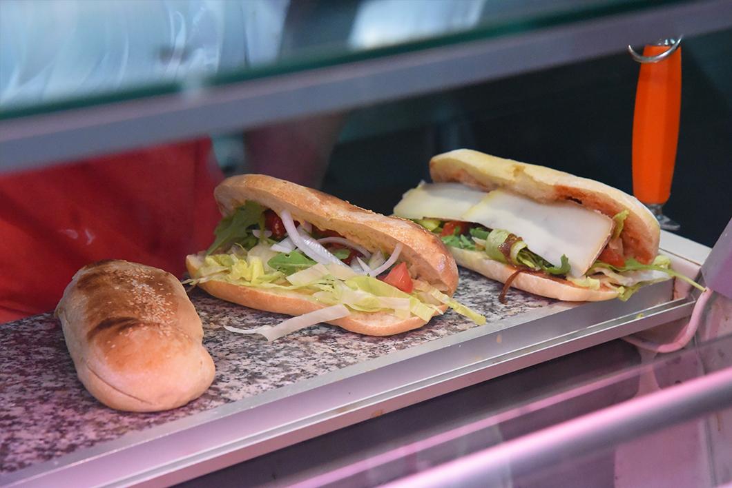 B. Bell, broches à la française - top des kebabs de luxe à Paris