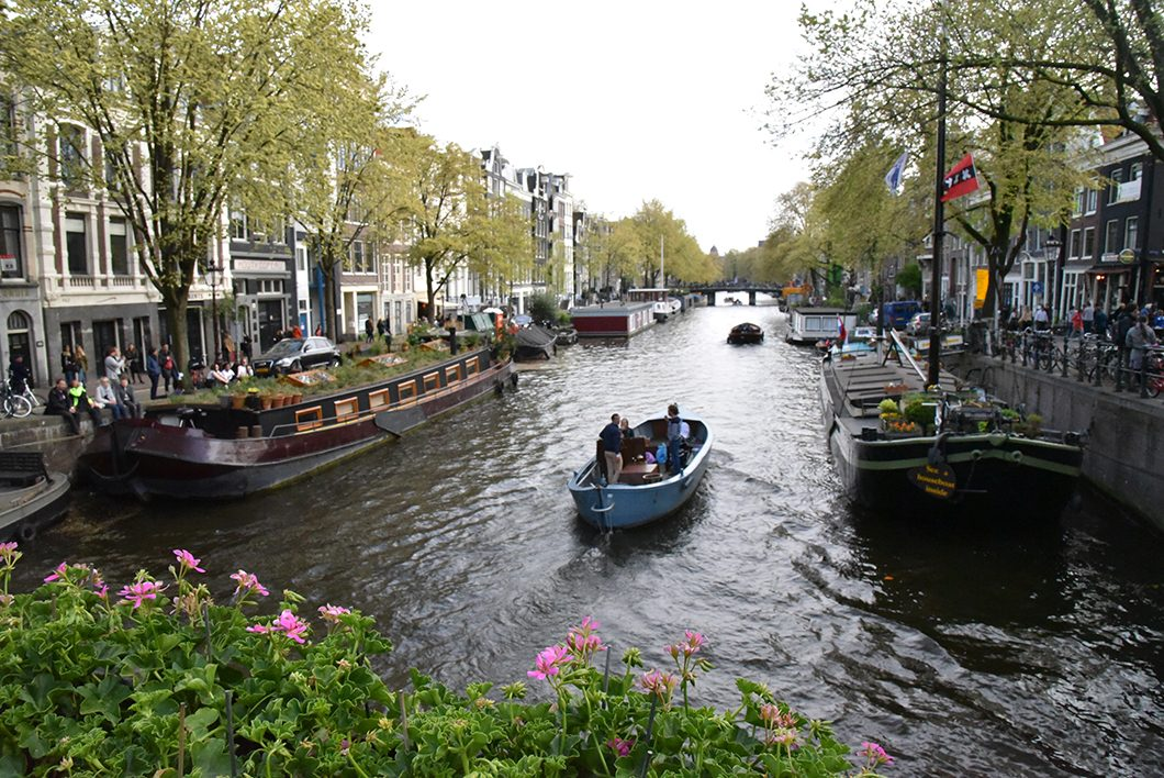 faire une balade en bateau à Amsterdam, activité incontournable