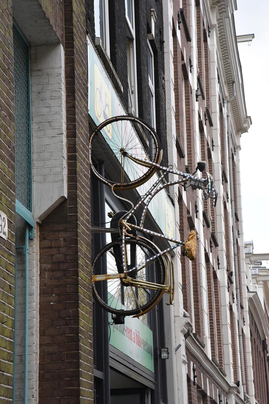 Albert Cuypmarkt - Food market Amsterdam
