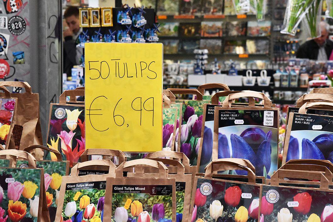 Acheter des tulipes au marché aux fleurs de Amsterdam