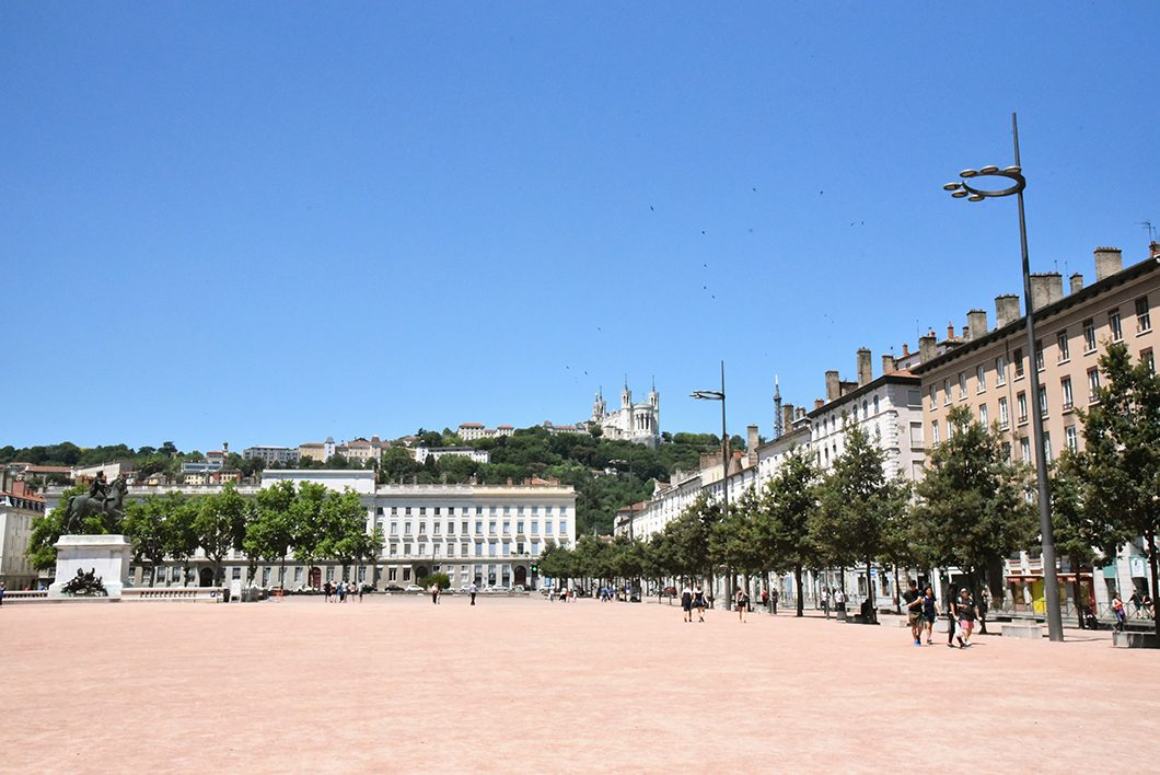 La place Bellecour - un week end à Lyon