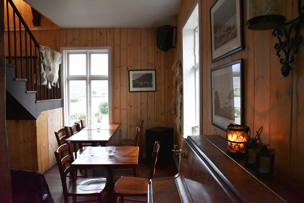 Kaffi Lára El Grillo Bar - Seyðisfjörður