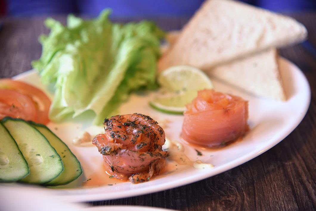 Manger au restaurant du Arnarstapi center