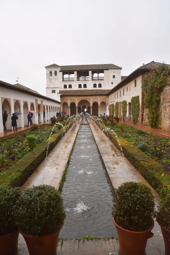 Découvrir l'Alhambra, endroit incontournable à Grenade