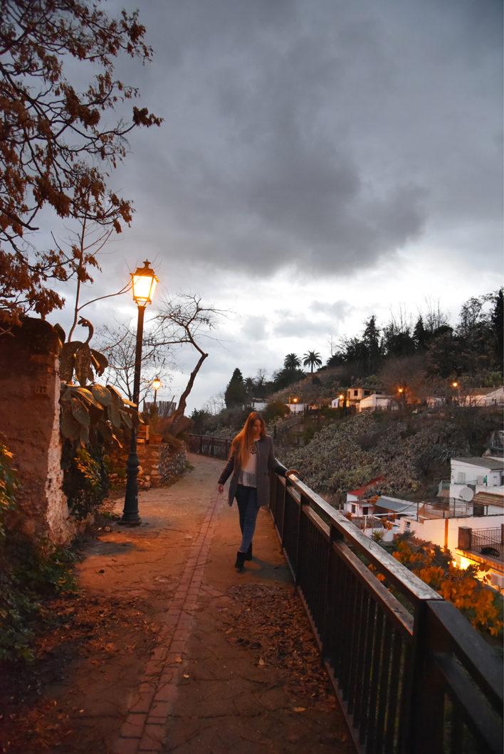 Se balader sur les hauteurs de Grenade en Espagne