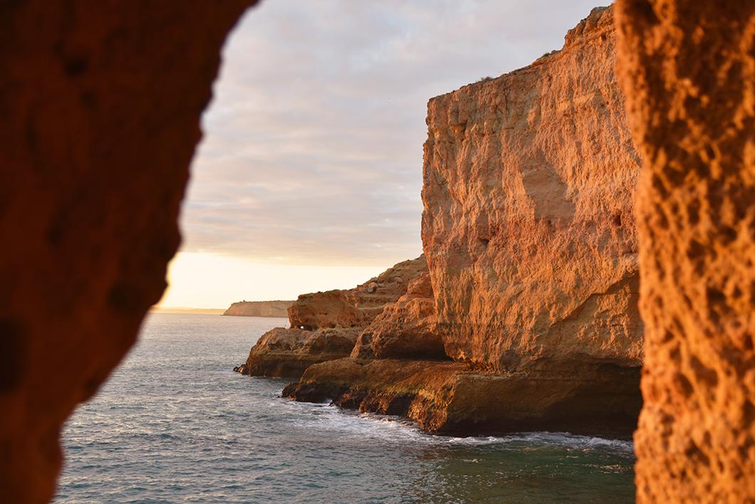 Le meilleur spot pour le coucher du soleil en Algarve - Algar Seco