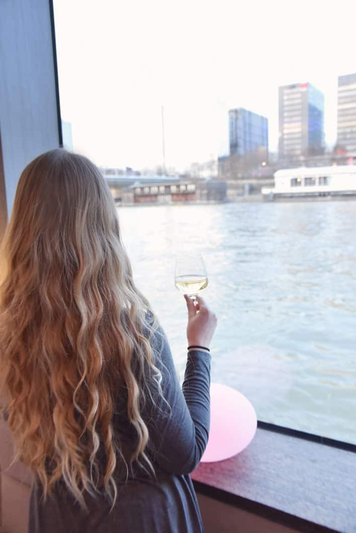 Apéro au champagne sur la Seine