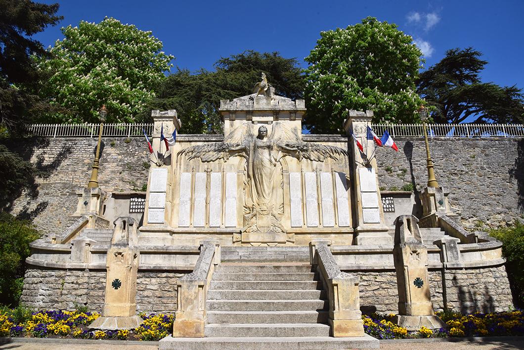 Que faire sur le Canal du midi ? Visiter Castelnaudary