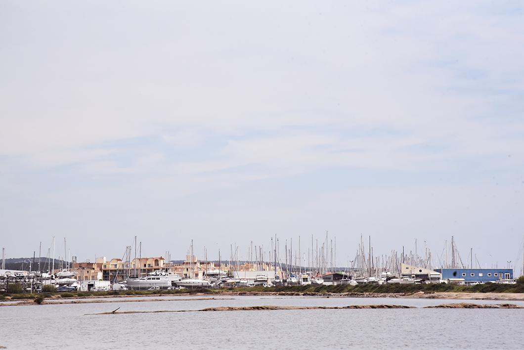Gruissan et la plage des chalets - Littoral de l'Aude