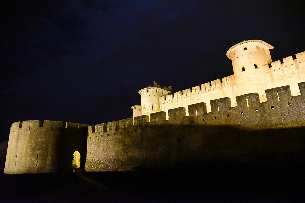 Visiter Cracassonne de nuit - Visite insolite à Carcassonne