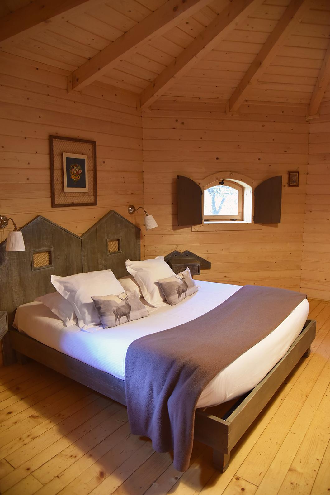 Passer la nuit dans une cabane dans les Bois à Carcassonne
