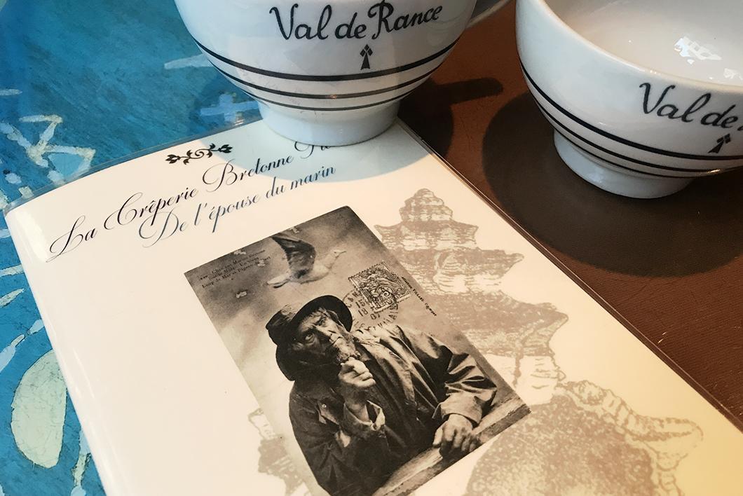 crêperie bretonne fleurie de l'épouse du marin 4