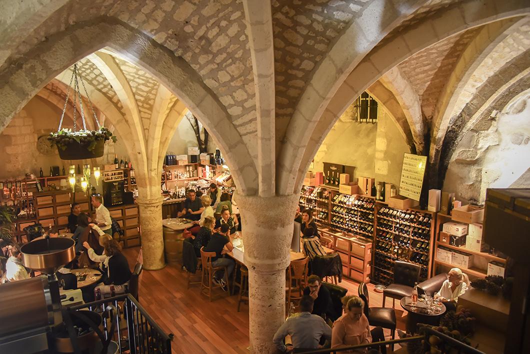 Où boire un verre à Bourges ? La Cave des Beaux Arts