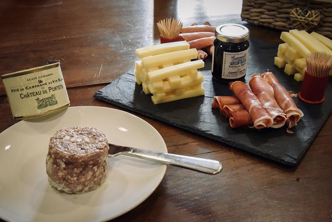 Dégustation de vins, fromages et charcuterie au Château de Portets - Portets