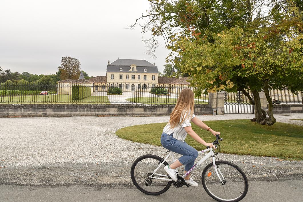 Balade à vélo au milieu des châteaux bordelais
