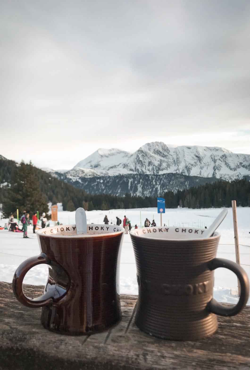 Chocolat chaud à la Chartreuse - Chamrousse - Alpes