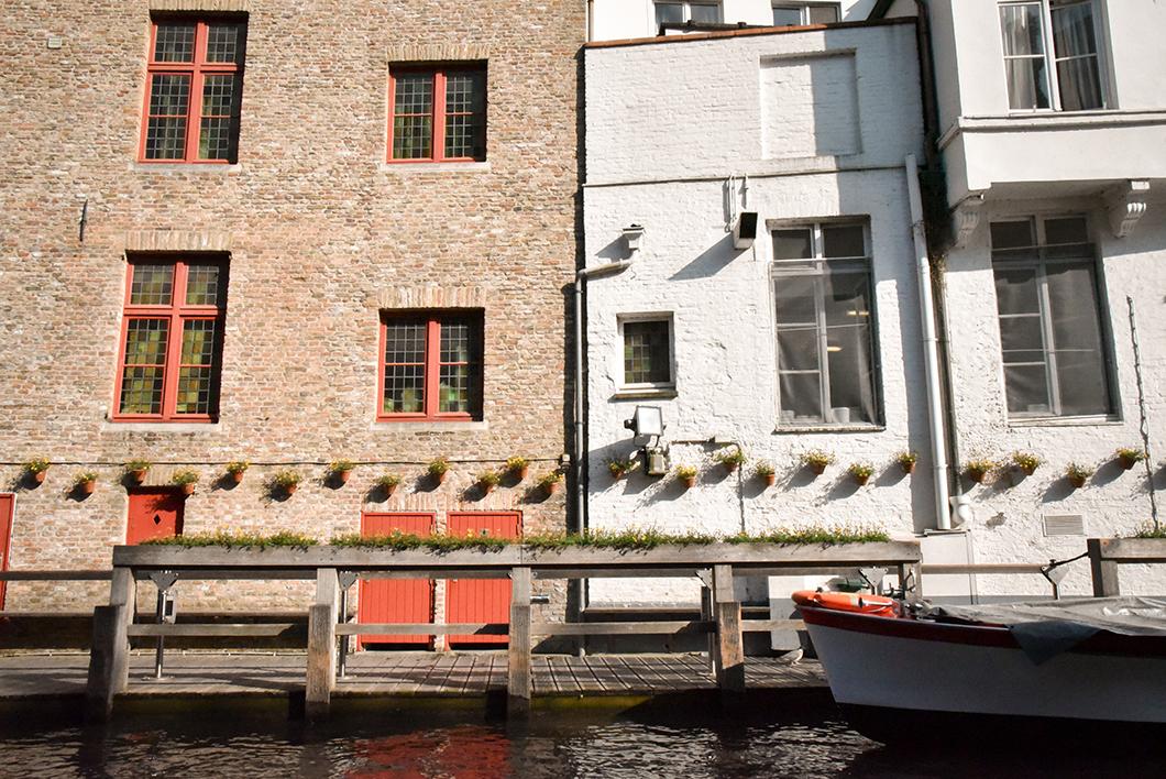 Faire du bateau à Bruges, activité incontournable à Bruges