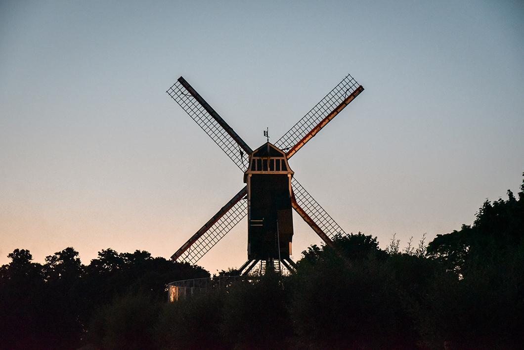 Aller aux Moulins Saint-Jean à Bruges