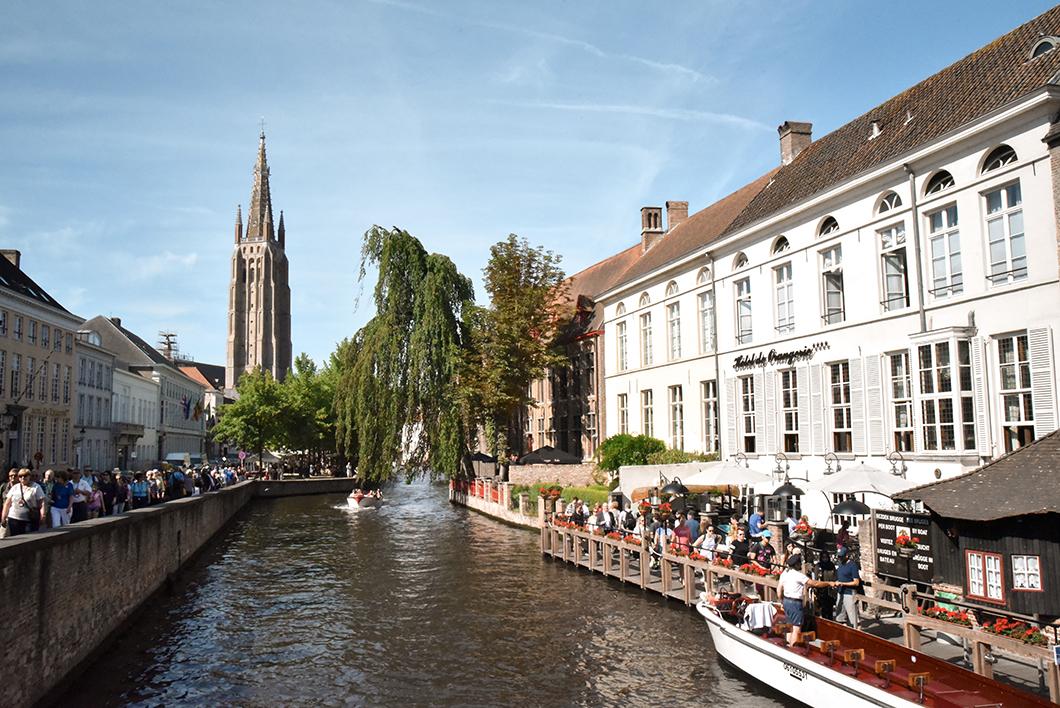 Découvrir le Pont Saint-Jean-Népomucène, incontournables à visiter à Bruges
