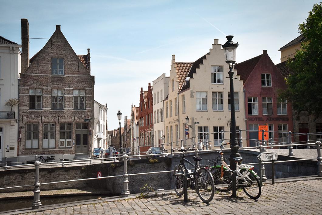 Découvrir les quais, incontournable à visiter à Bruges