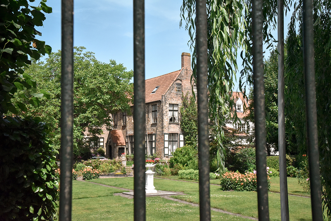 Se balader au quartier Saint-Anne, incontournable à Bruges