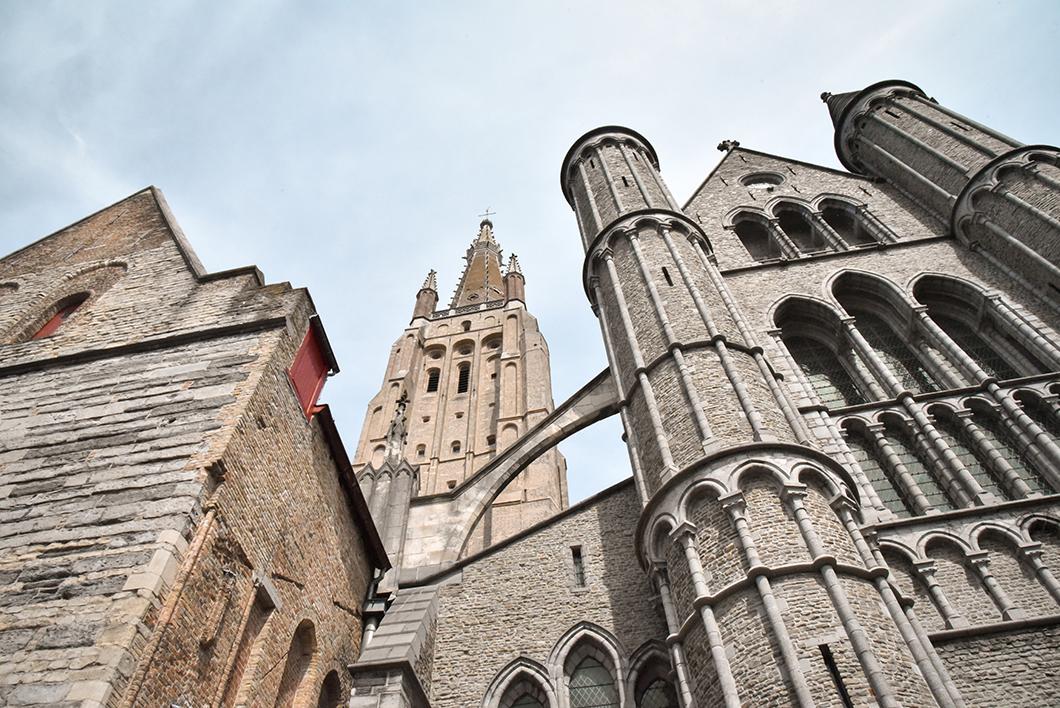 L'Église Notre-Dame, incontournable à visiter à Bruges