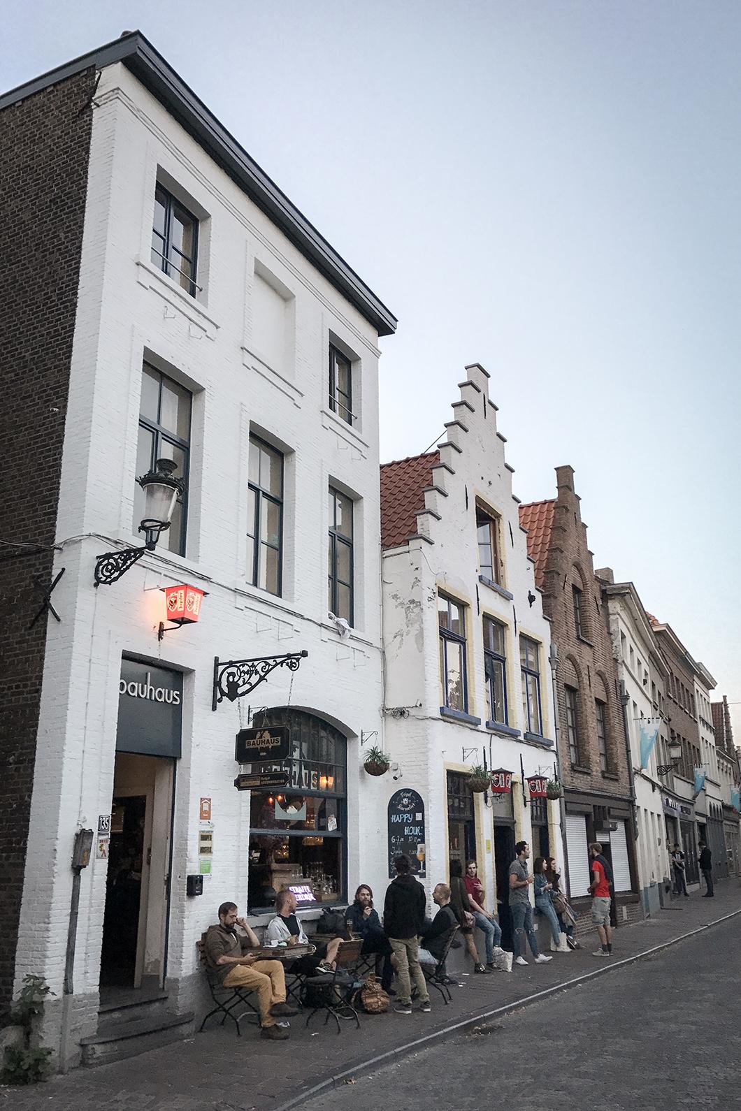 Où se balader à Bruges ? Le Sint-Annakerk (quartier Saint Anne)