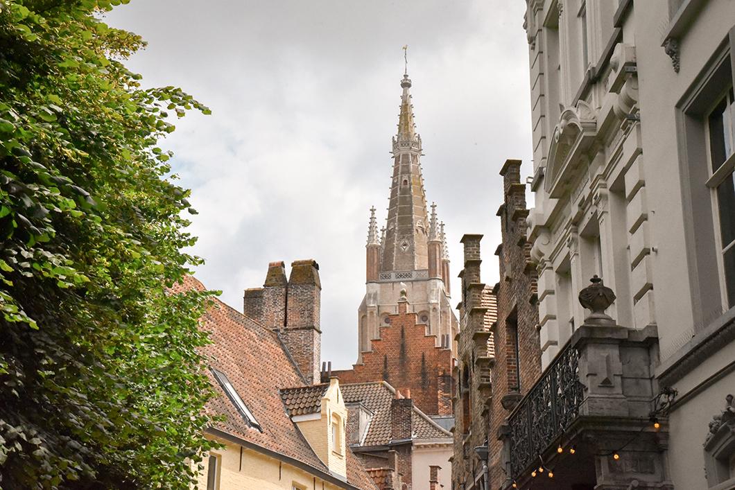 L'Église Notre-Dame, spot incontournable à Bruges