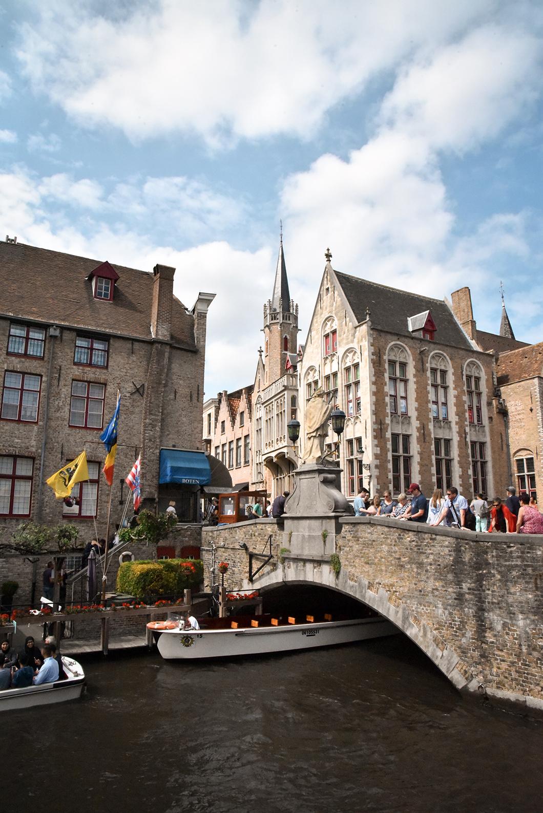 LePont Saint-Jean-Népomucène à Bruges