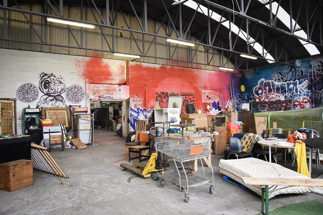 Street art à Bruxelles - Allée Du Kaai