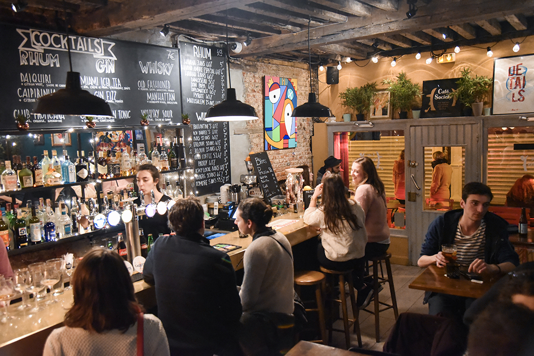 Où boire un verre à Lille ? Café Society, bar insolite