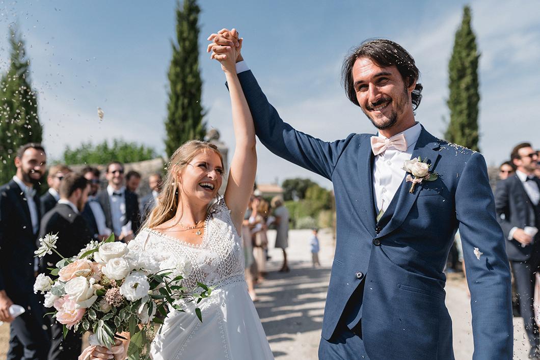 Sortie des mariés au Domaine de Sarson