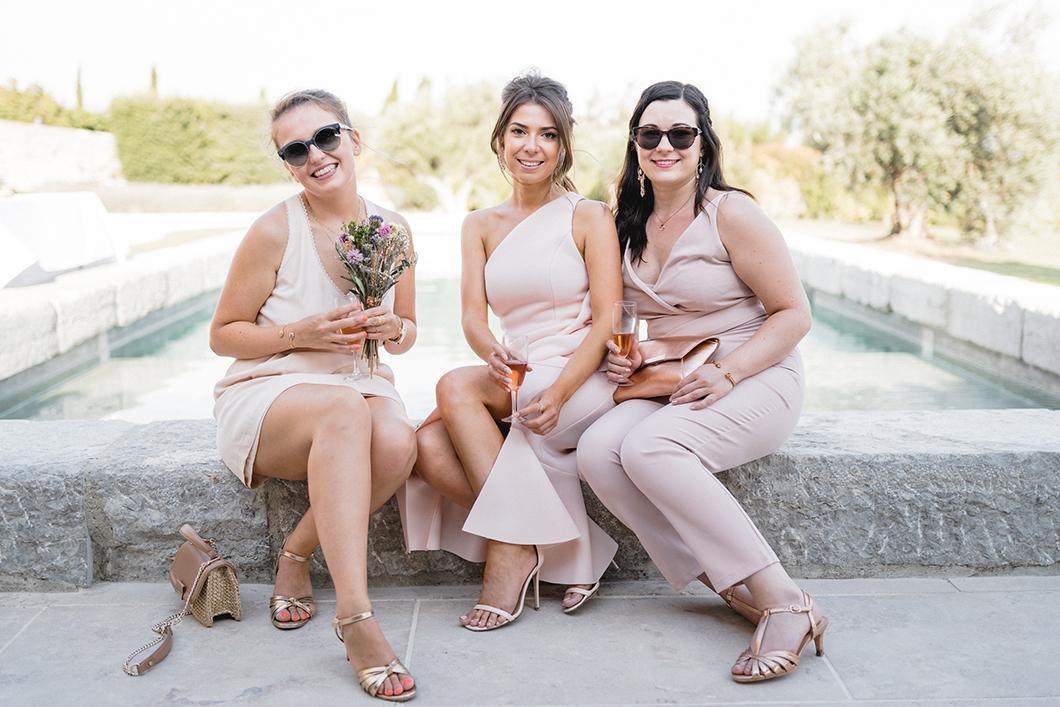 Cocktail près de la piscine du Domaine de Sarson