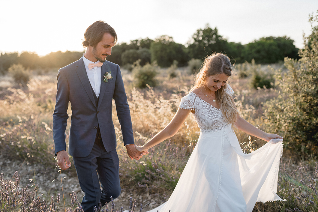 Photo de couple d'un mariage en Provence