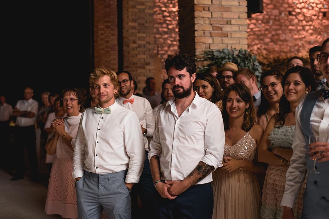 Les invités pendant l'ouverture du bal