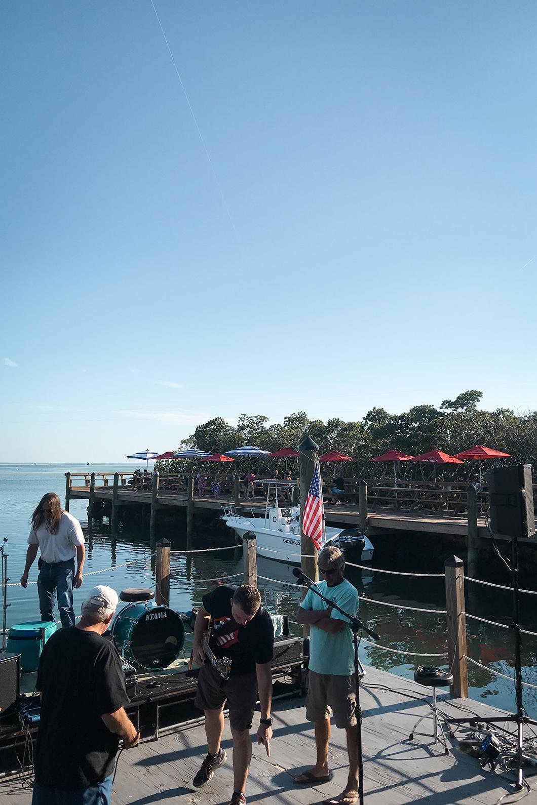 Concert au Morada Bay Beach Café