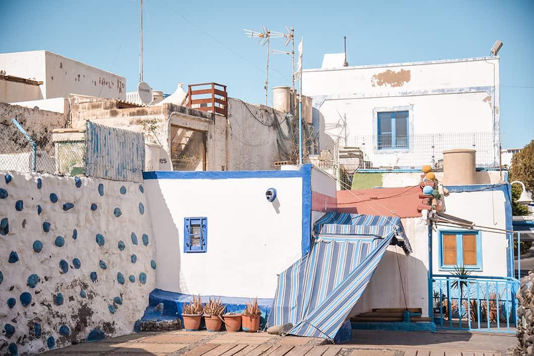 Puerto de las Nieves, le port bleu et blanc de Agaete