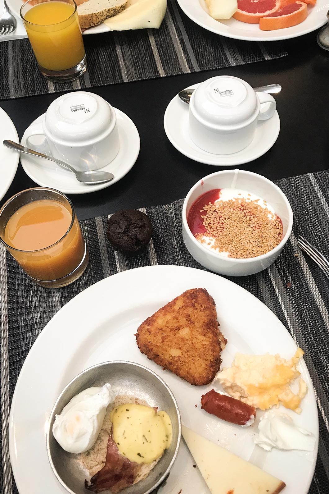 Petit déjeuner buffet au Salobre Hotel Resort & Serenity