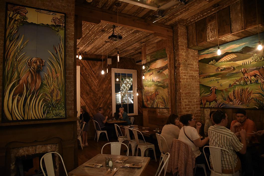 Red Dog Diner à la Nouvelle Orléans