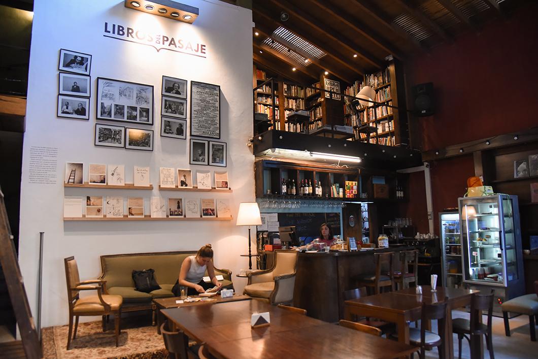 Libros del Pasaje, café librairie à Buenos Aires