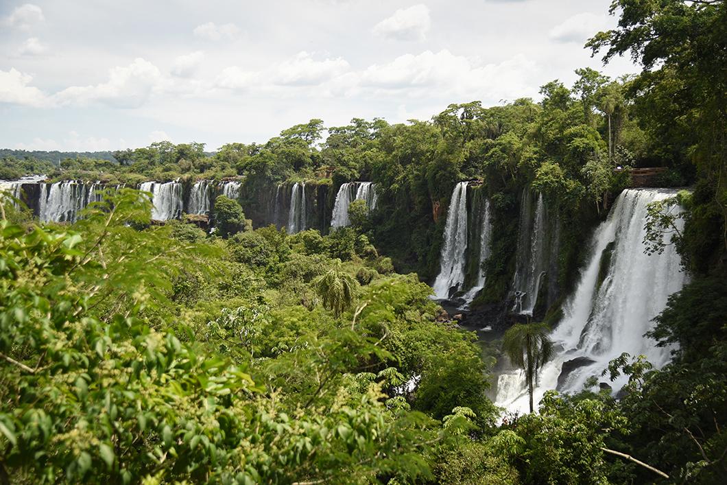 Panorama sur les chutes d'Iguazu