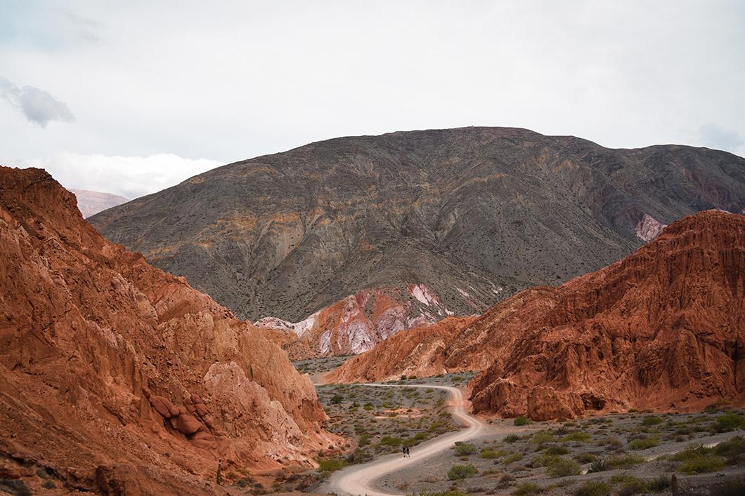Aller à la colline aux 7 couleurs dans les alentours de Salta