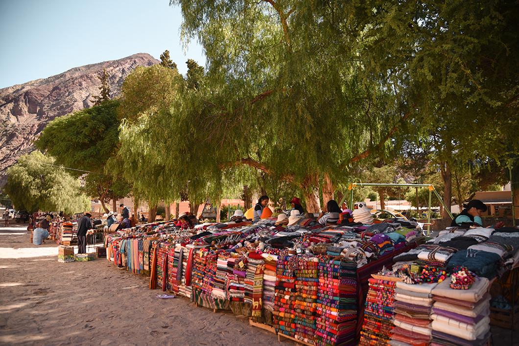 Balade dans le marché de Purmamarca