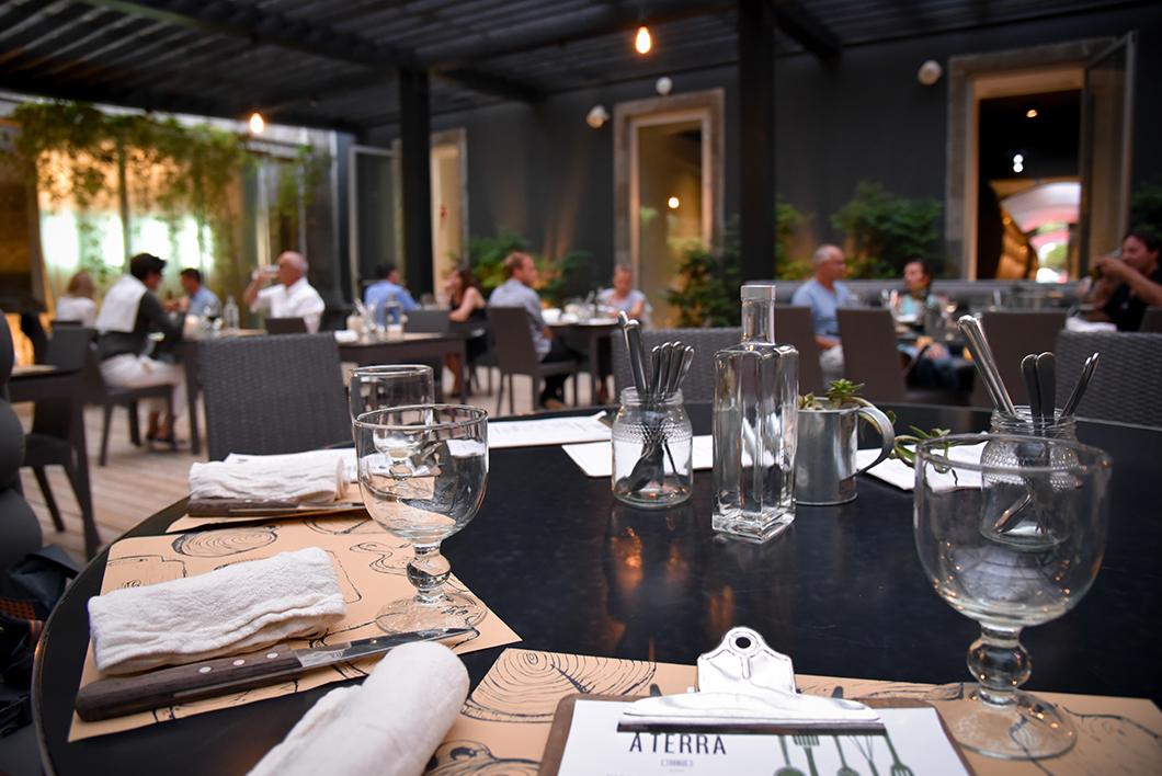 Où manger à Furnas ? À Terra Fornaria