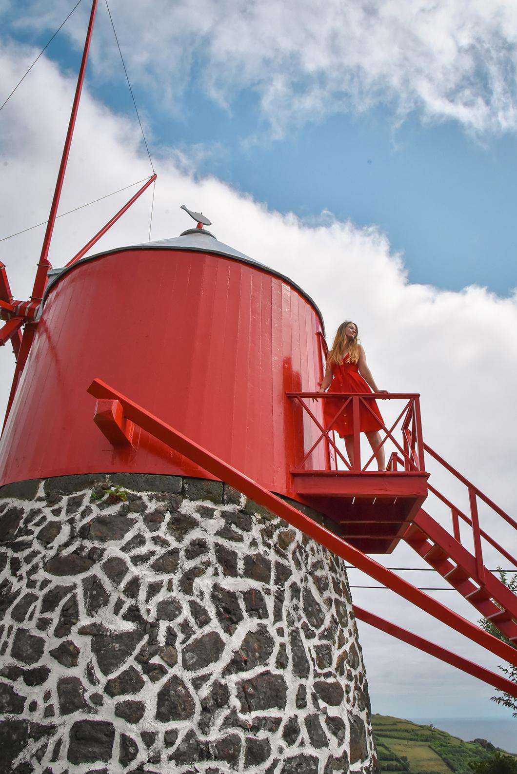 Visiter les moulins de Faial, Moinho giratório de madeira na Conceição