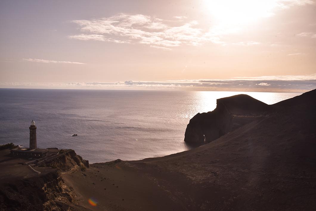 Capelinhos, top des spots pour le coucher de soleil à Faial